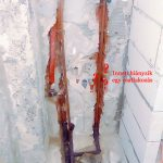 A bojler és a vécé vízkiállása. De hol az utóbbi?