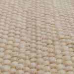 A szőnyeg bárányszőrgumói (néhány samuszőrrel kiegészítve)