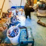 Életkép: Samu kutya felügyeli a munkálatokat :)