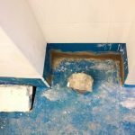A vécé mögött meg még néhány helyen kellett javítani